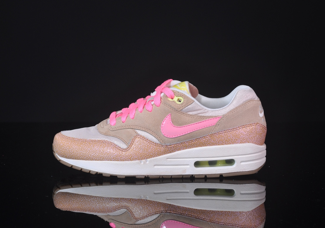 Nike-Wmns-Air-Max-1-PRM-Gold-Pink